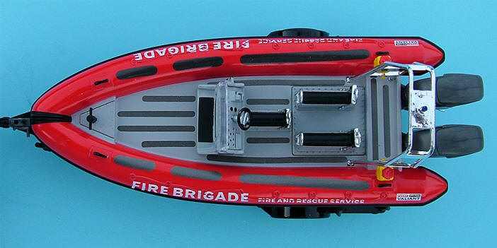 Review Hongwell Cararama Fire Amp Rescue Land Rover Iii 109